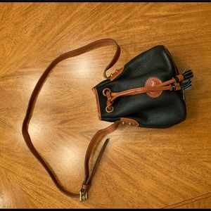 NWOT Dooney & Bourke Signature Bag